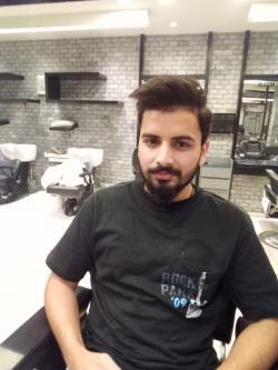 Mehran Khan model in Lahore
