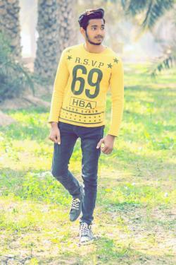 Waleed iftakhar model in Faisalabad